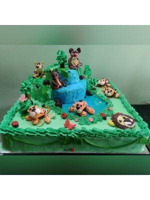 Jungle Themed Cake (Pineapple pastry)