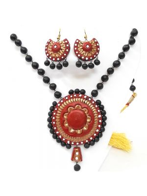 Red and Black Combination Terracotta Necklace Set