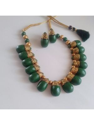Green and Gold Color Terracotta Jewellery Set
