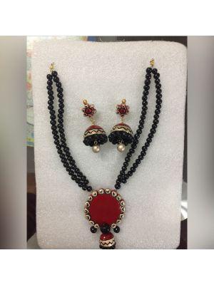 Black Kundan Necklace Set