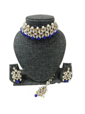Crystal And Pearl Beaded Elegant Choker Set With Blue Color