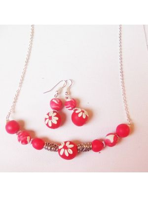 Red Necklace with embroidery beads